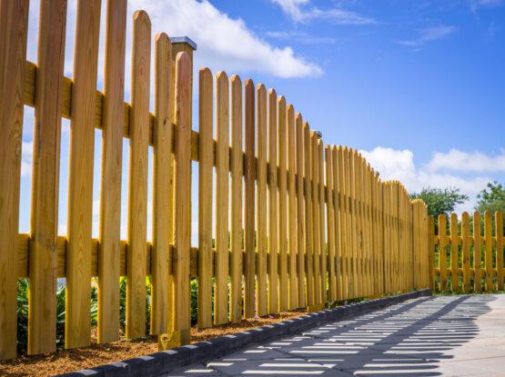 fence repair company hingham