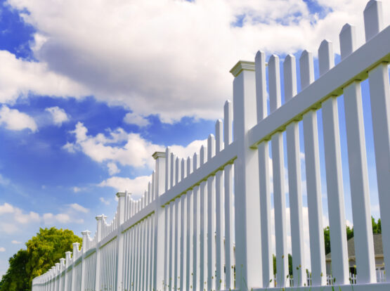 white vinyl fence installation hingham